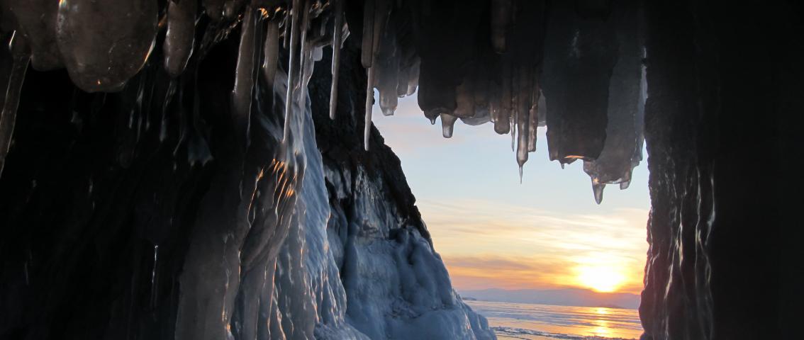 Зимой становятся доступны пещеры и ледяные гроты